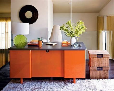 Sho Metal Hijau warna rumah minimalis interior kreatif dengan orange