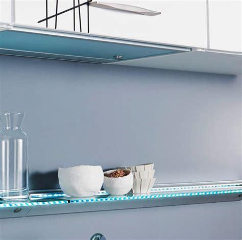 mensole di vetro per arredamento mensole soggiorno vetro idee per il design della casa