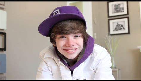 Jaket Justin Kid kid on vacation justin bieber look alike clothes revealed ask the kid connor q a