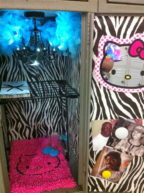 girly locker wallpaper domestic and geeky girly locker on a budget