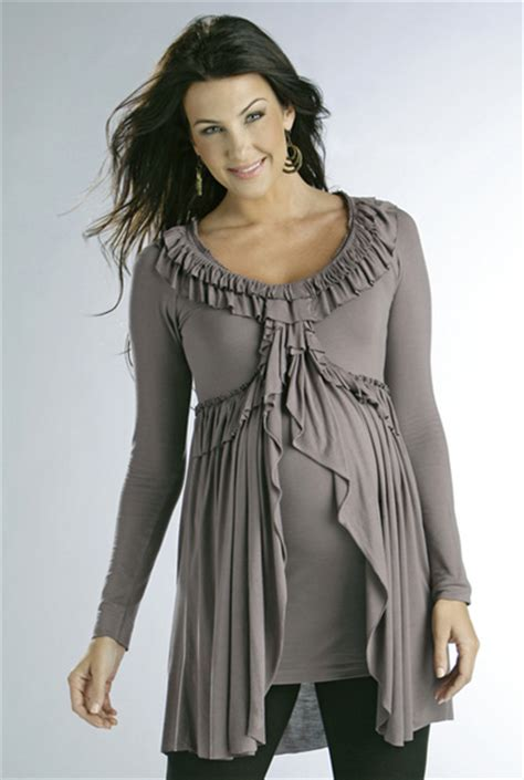 fashion tips on trendy maternity clothes