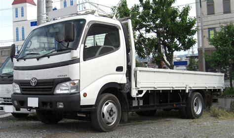 Hino Dutro 140 suzuki carry truck vs toyota dyna truck used truck