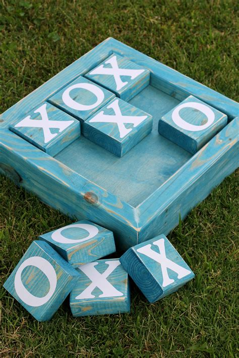 ginger tic tac toe board  gingersnapcraftscom yard diy outdoor wood projects outdoor