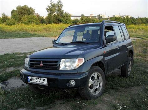 mitsubishi car 2002 2002 mitsubishi pajero pinin pictures information and