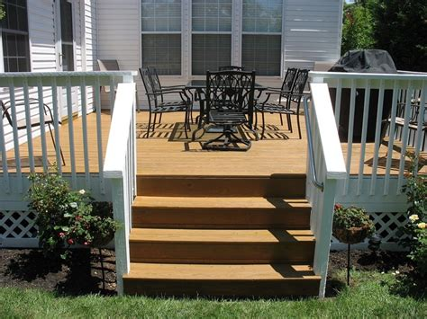 tone deck cedar decking  white verticals