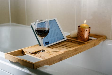 bathtub caddy 5 bamboo bathtub caddies that you can buy right now