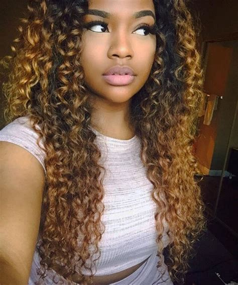 dyed weave hairstyles 25 best ideas about dyed curly hair on pinterest dyed