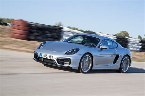 cayman porsche convertible 2015 porsche cayman gts front three quarter in motion 04