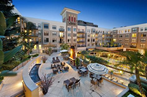 Living Expenses For Ucla Mba Student by Terraces At Paseo Colorado 31 Photos 28 Reviews