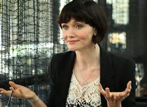 essie davis ob hair stage actress cast in game of thrones season 6