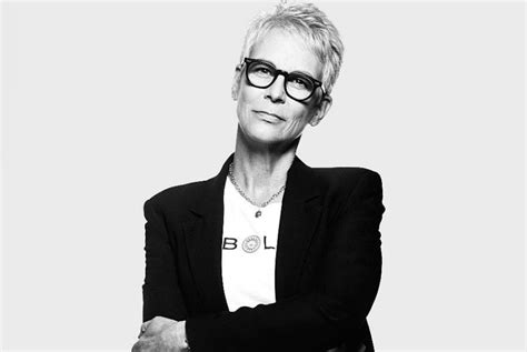jamie lee curtis she is my inspiration for graying jamie lee curtis fashion lifestyle selectspecs com