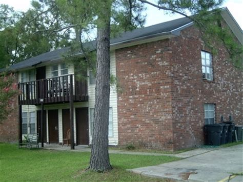 Azalea Apartments Baton 1262 E Azalea Park Dr Baton La Apartment Finder