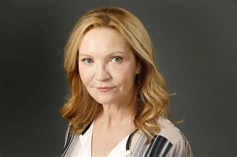 Three Bedroom by The Sunday Conversation Joan Allen Still A Midwesterner