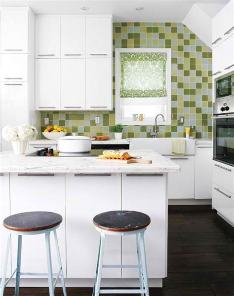 ideas for small kitchens layout 35 clever and stylish small kitchen design ideas decoholic
