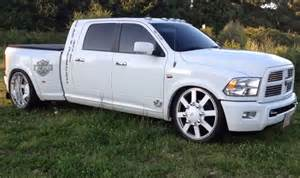 Dodge Dually Lowered Ram 3500 Lowered On An Airride Suspension