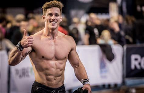 lukas hoegberg  athletic build