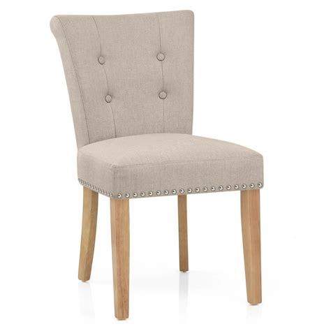 sillas de tela silla de comedor buckingham tapizada en tela y patas de madera