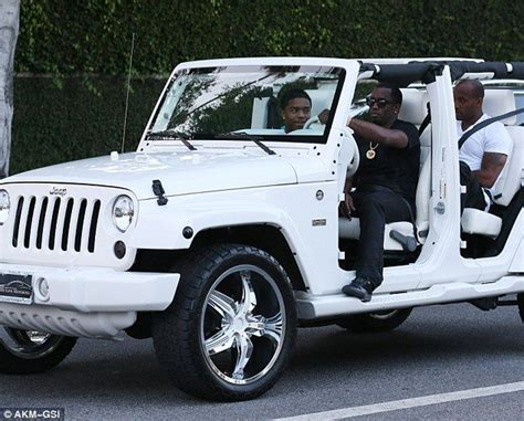 Driving Jeep Driving Mr Diddy Hip Hop Goes For A Ride In Door