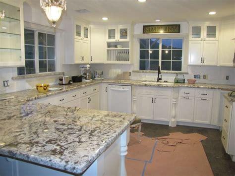 bianco antico granite with white cabinets bianco antico granite white cabinets pixshark com