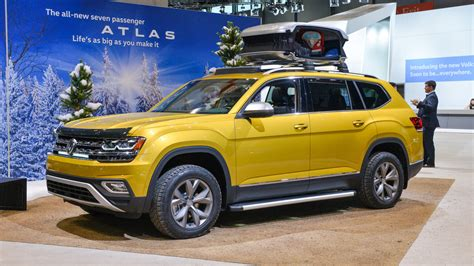 volkswagen atlas 2017 volkswagen atlas weekend edition chicago 2017 motor1