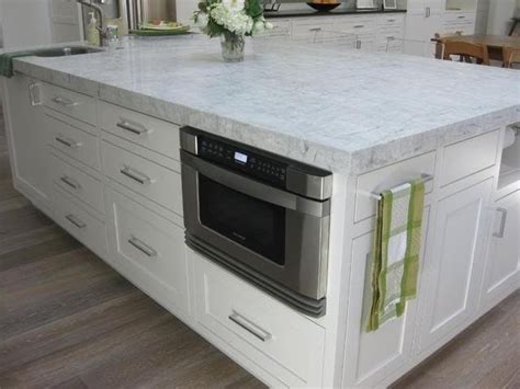 White Quartzite Countertops by 48 Best Images About Counter Tops On Islands