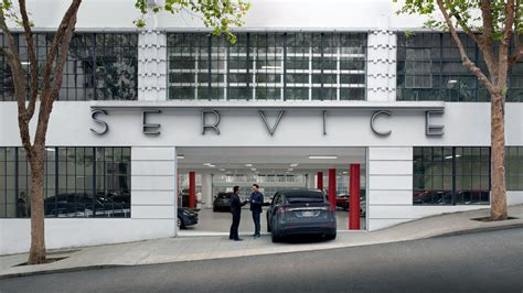 tesla dealership tesla wins court battle in missouri can continue to sell