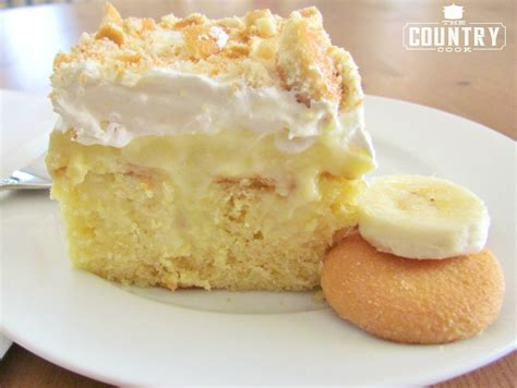 Puding Cake banana pudding poke cake the country cook