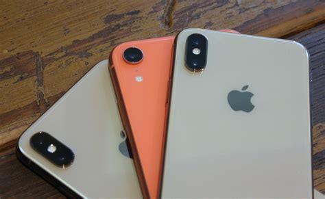 iphone xr hands    impressions macworld