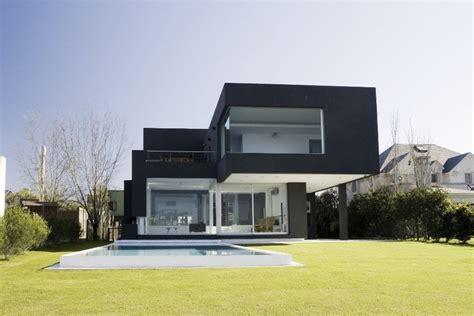 casa negra casa negra andres remy arquitectos plataforma arquitectura