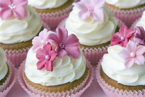 Wedding Cupcake Decorations by Wedding Cupcake Ideas Slideshow