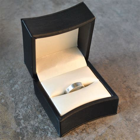 Wedding Band Box by Wedding Rings Pictures Satin Covered Wedding Ring Boxes