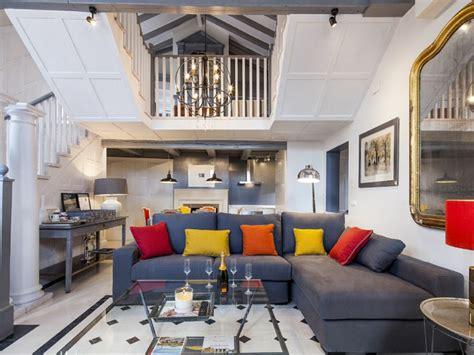 Farbige Bodenfliesen by Wohnzimmer Fliesen 86 Beispiele Warum Sie Den
