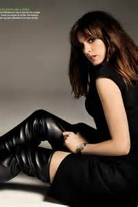 anne hathaway in gq spain leather celebrities