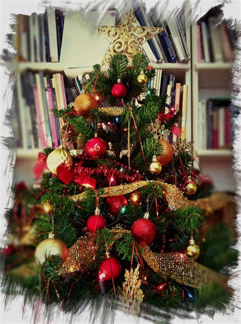 decorar un rbol de navidad sencillo c 211 mo limpiar tu 193 rbol de navidad globalimp