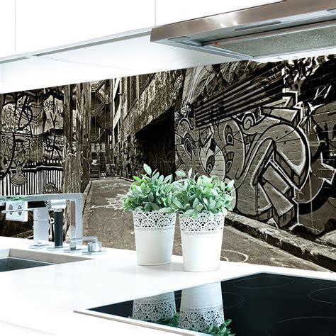 kuechenrueckwand graffiti premium hart pvc   mm