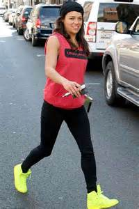 Michelles Arrives At Nyc Apt This Morning by Rodriguez In Tights Out In Beverly