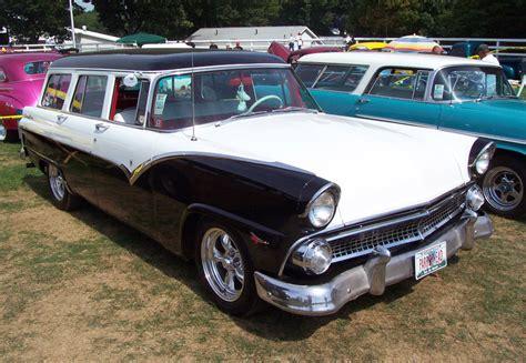 ford station wagon motoburg