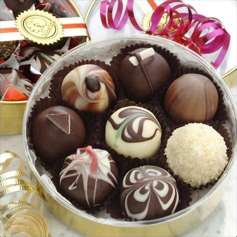 Handmade Chocolate Truffles - roundboxlg