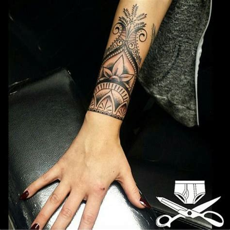 henna style wrist tattoos 25 best ideas about henna wrist on