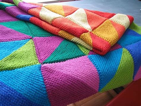 pattern for triangle afghan ravelry 08 knitted triangle sler afghan pattern by