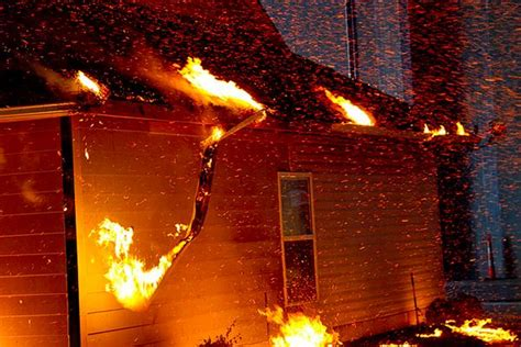 homes survive  fire storm jlc  fire
