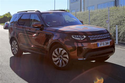 land rover discovery 5 2016 land rover discovery 5 foto spia 25 agosto 2016 4 10