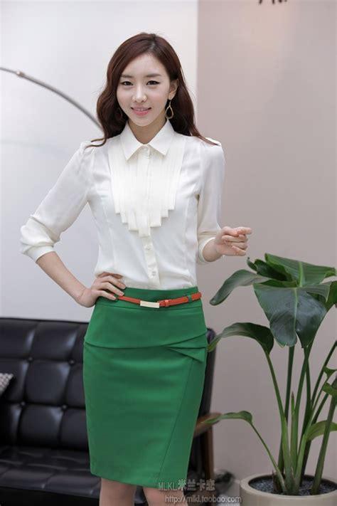 Baju Atasan Kemeja Kerja Blouse Wanita Korea Import Merah Hitam Putih butik baju kerja korea model terbaru import shopashop