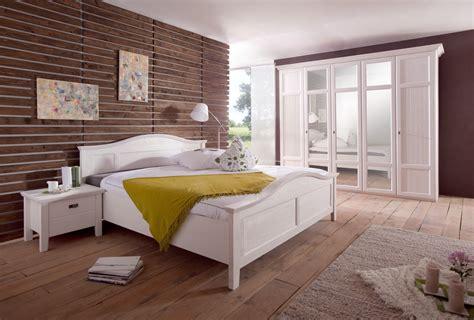schlafzimmer weiß schlafzimmer komplett rome pinie weiss up m 246 bel