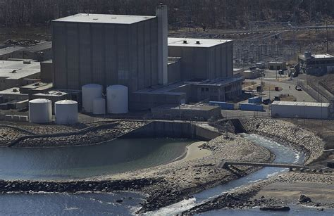 plymouth power pilgrim nuclear plant in massachusetts to by 2019