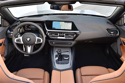 Bmw Z4 2020 Interior by 2020 Bmw Z4 Roadster Shows Stunning Details In New Photo