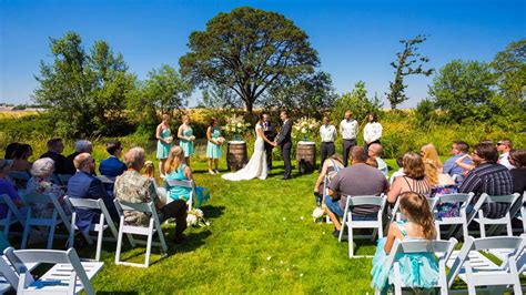 Small Wedding by 16 Cheap Budget Wedding Venue Ideas For The Ceremony