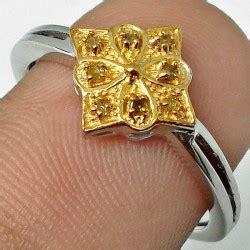 Cincin Berlian Wanita Bunga Matahari Silver 925 Berlapis Emas Putih aneka berlian quot quot