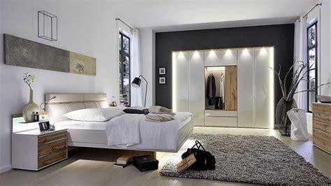 Glass Bedroom Furniture Sets Contemporary Bedroom Furniture Sets 187 Stylform Cassiopea Chagne Glass Bedroom Set Head2bed Uk