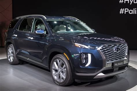 Hyundai New Suv 2020 Palisade Price by 2020 Hyundai Palisade A Hyundai Suv With A Real Third Row